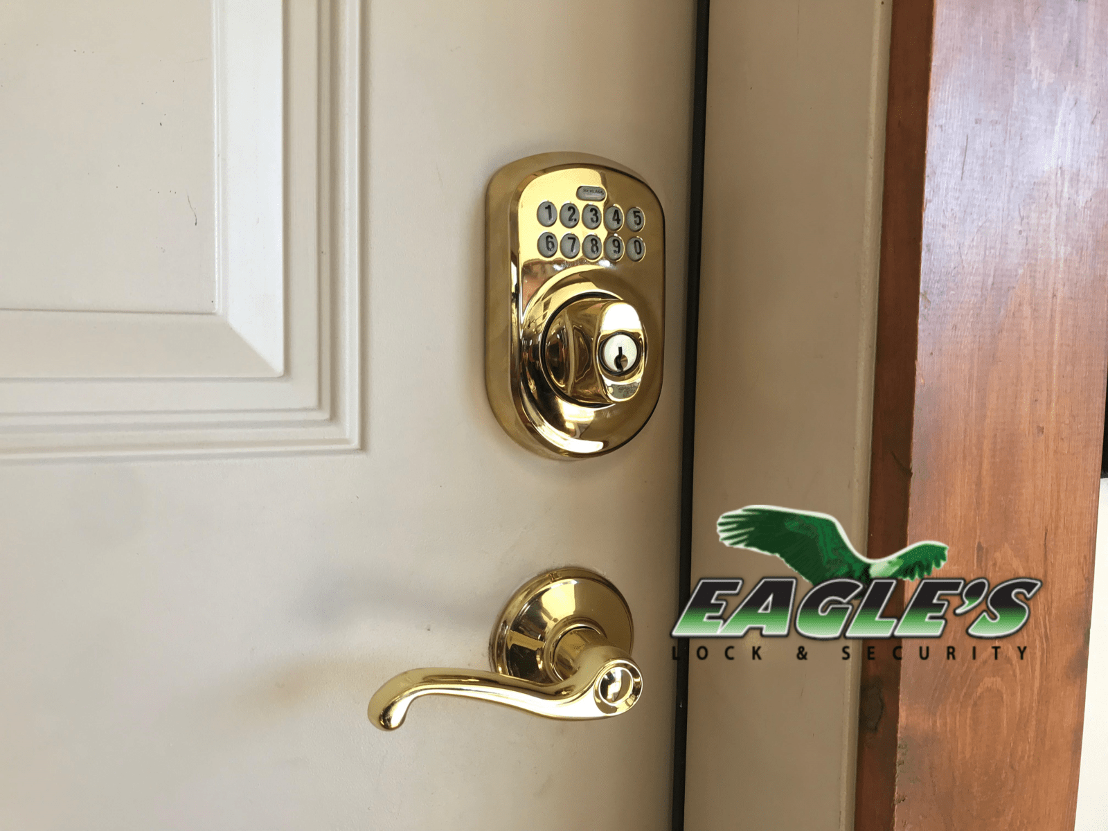 Electronic Keypad Deadbolt Lock Installation by Eagle's Locksmith Cincinnati